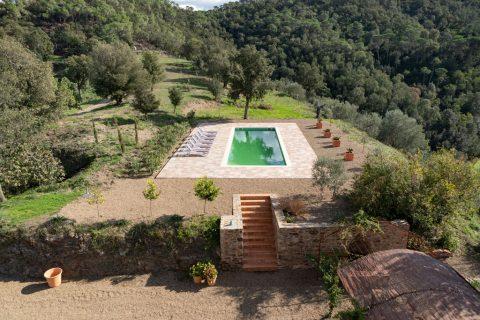 allotjament amb piscina natural